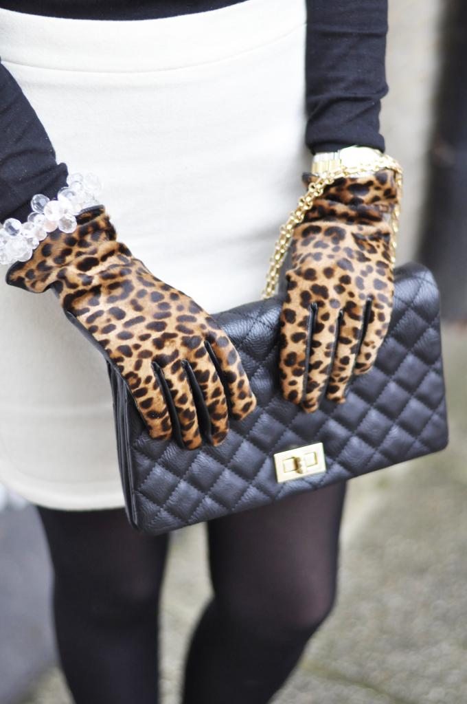 leopard_gloves