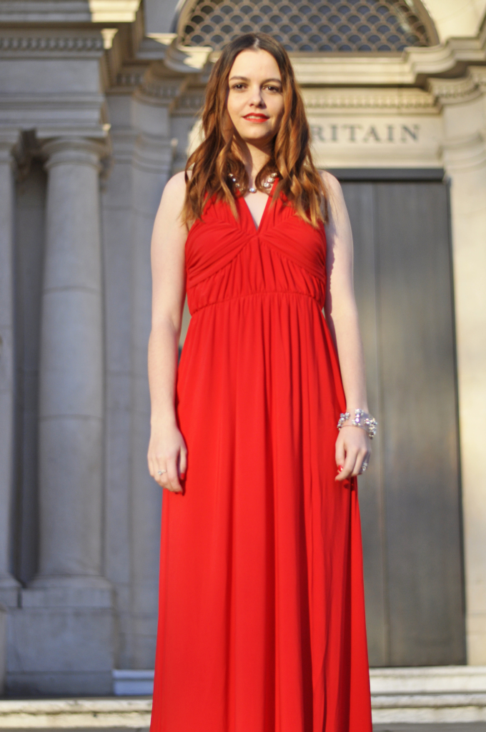 stair_case_red_dress