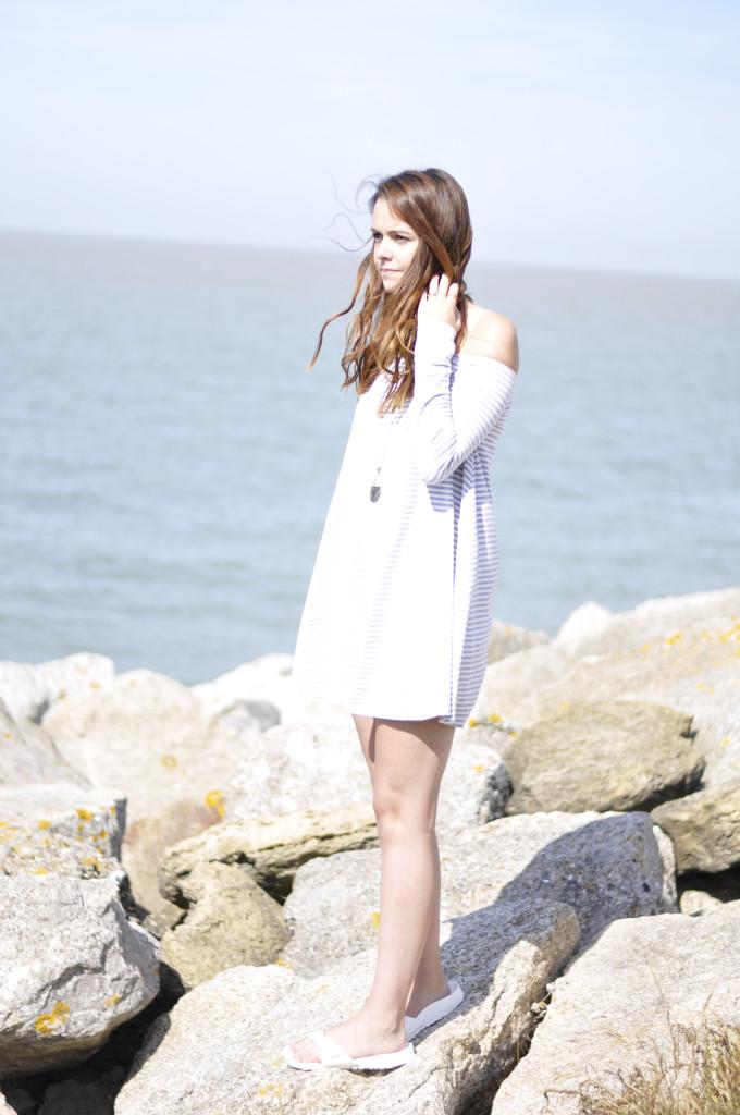 glamourous-stripe-dress-04