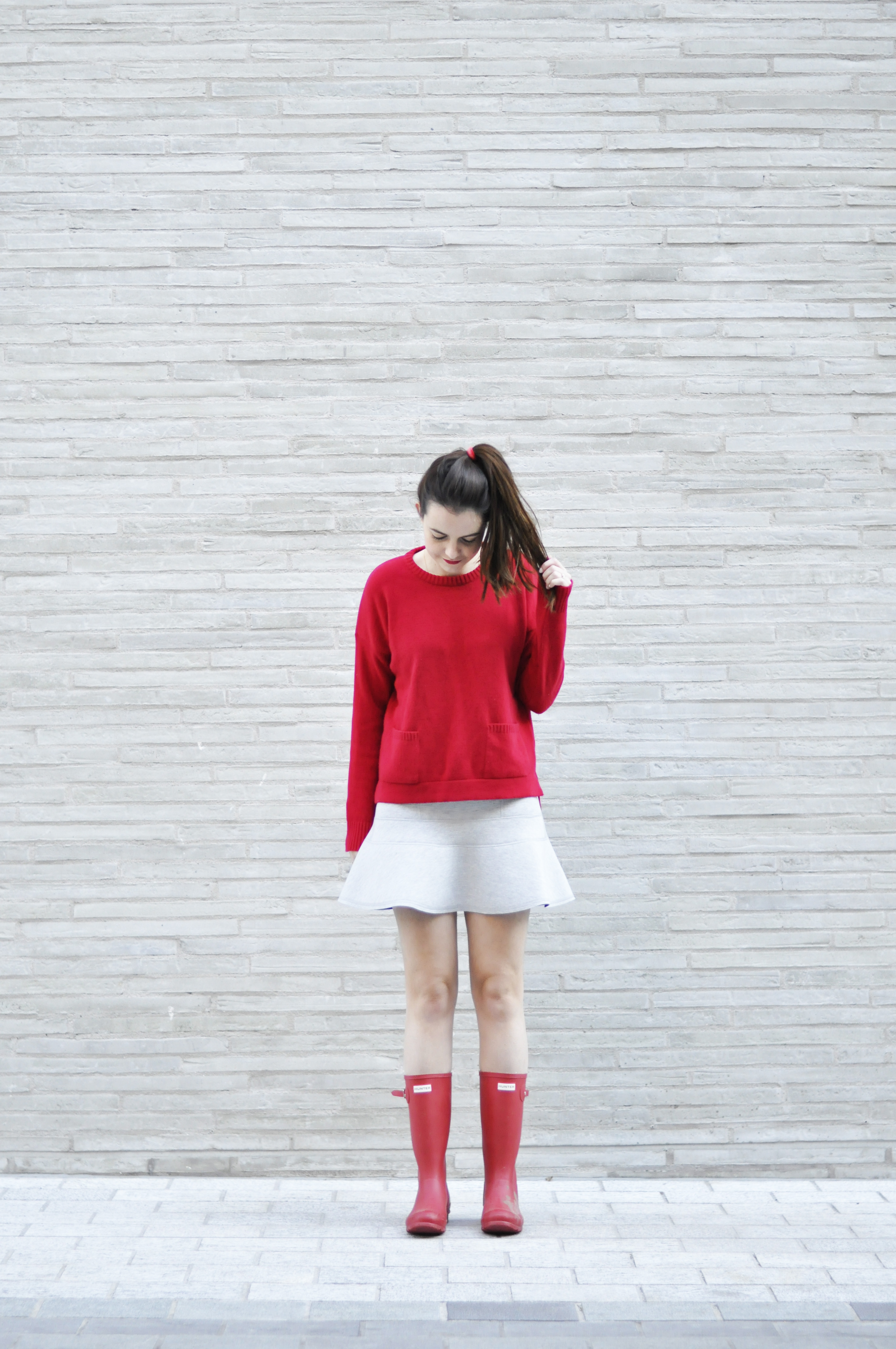 grey-scale-pop-of-red06