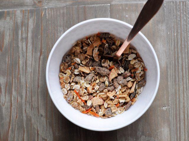 Snack with Dorset Cereals